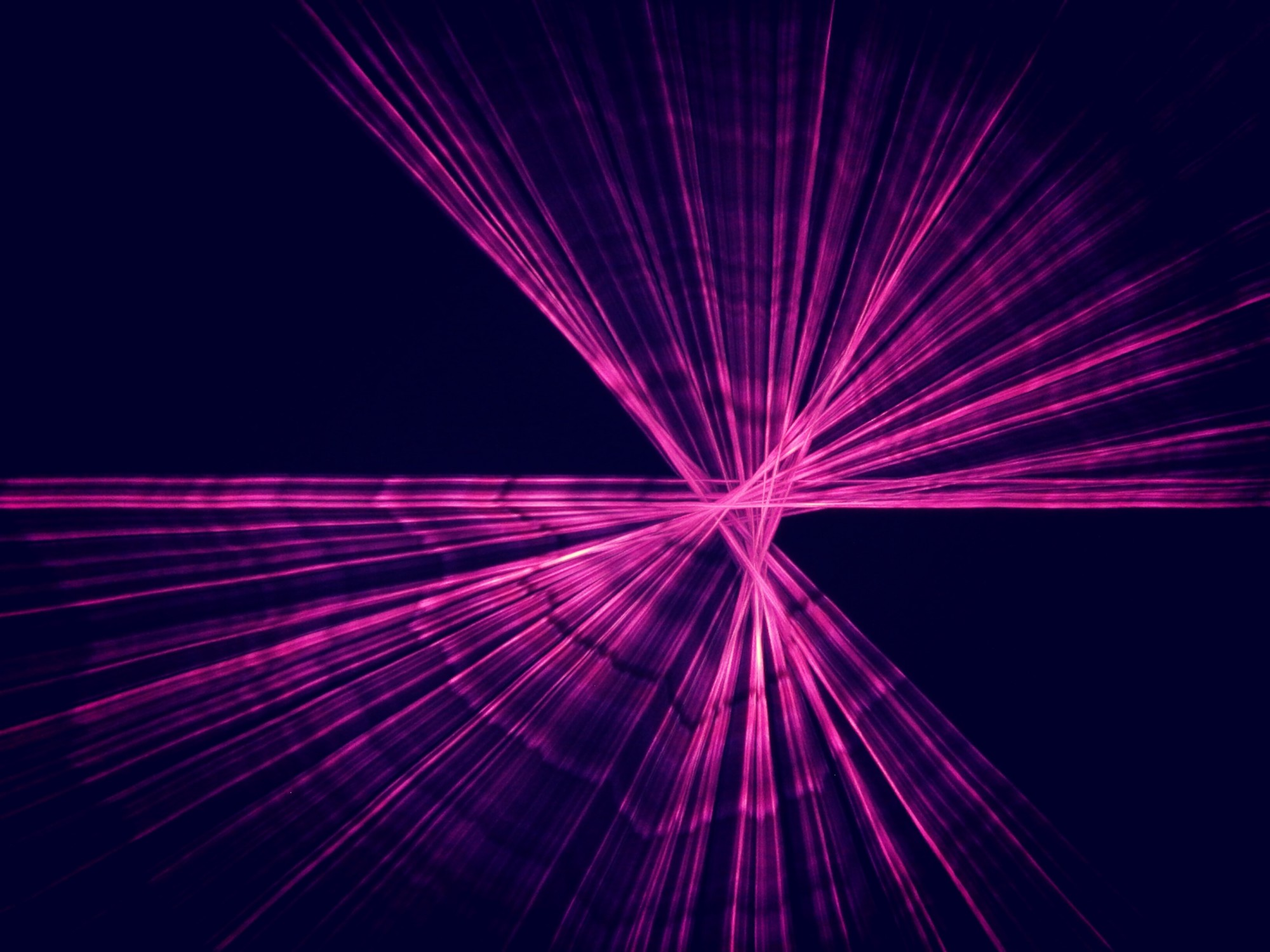 Laser; Erfan Afshari auf unsplash
